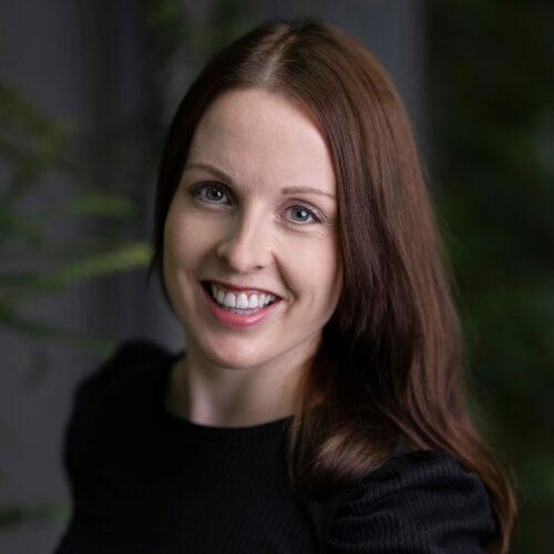 Anne Holten Kvistad