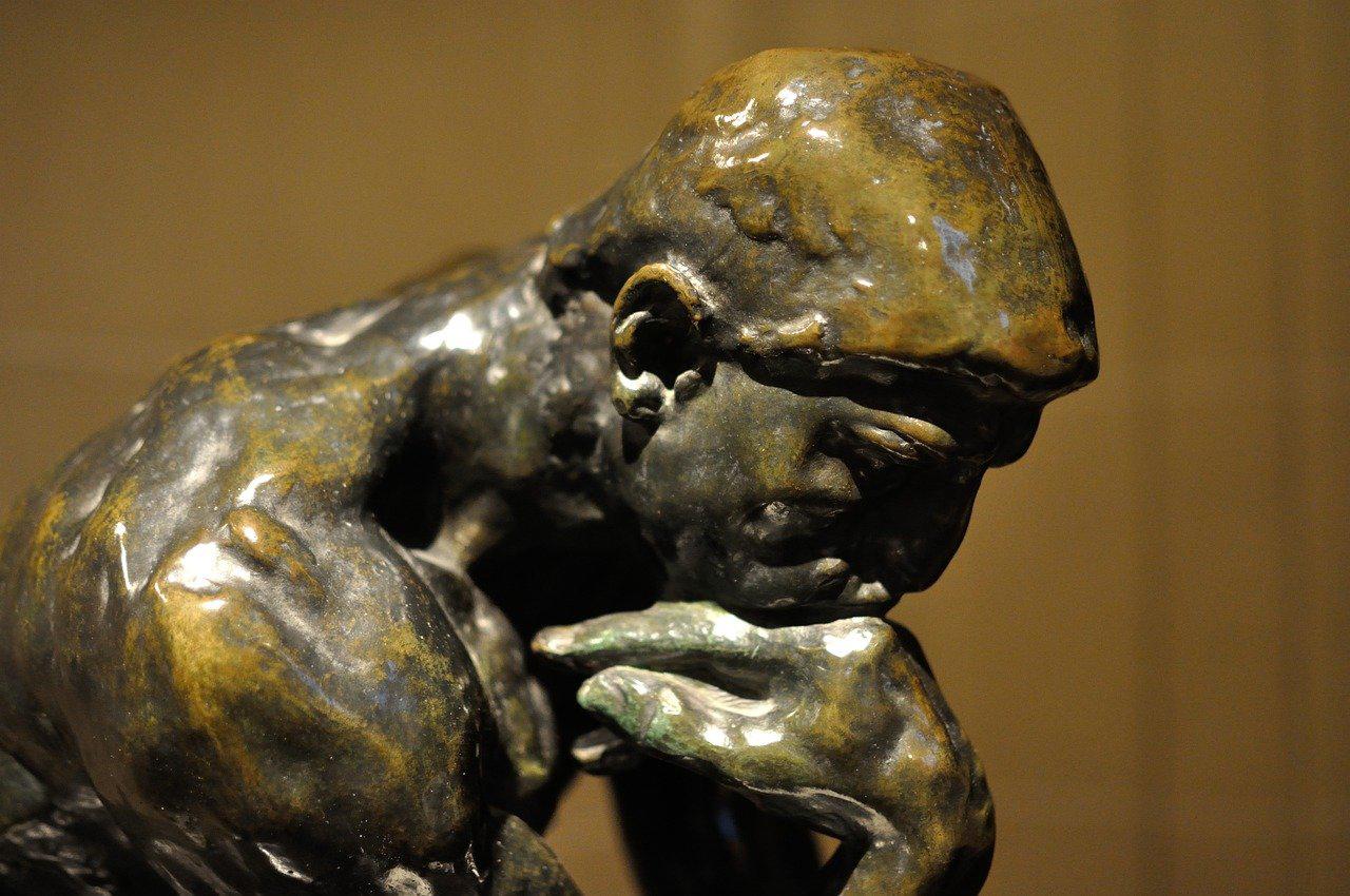Skulptur Thinking Man